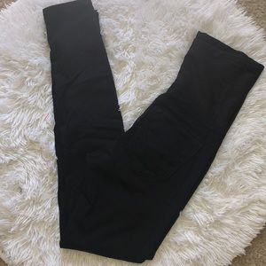 Super stretchy black skinny jeggings